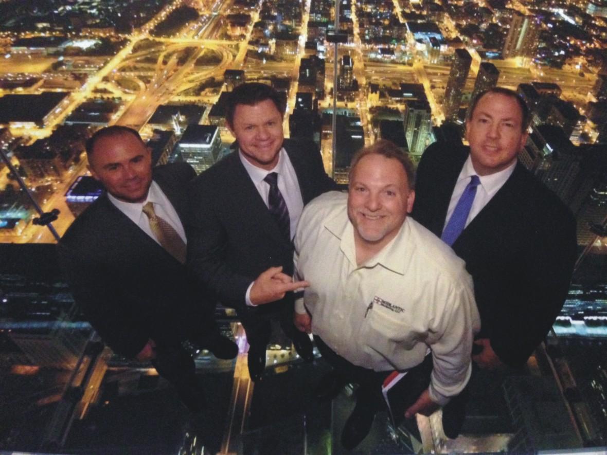 Willis_Tower_Image_team_photo_chicago.jpg